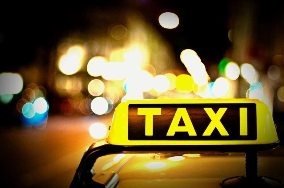 Taxibedrijfantwerpen_taxi